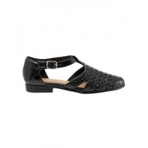 Trotters Leatha Open-Weave Leather Flats Round toe 0500089257411